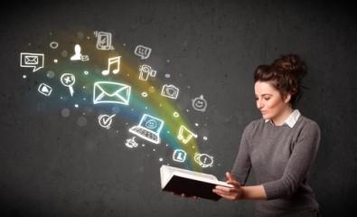 Три книги за социалните мрежи, които трябва да прочетете този март